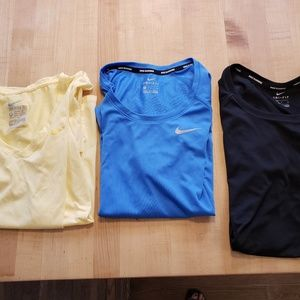 Tops - Lot of 3 Nike short sleeves tops